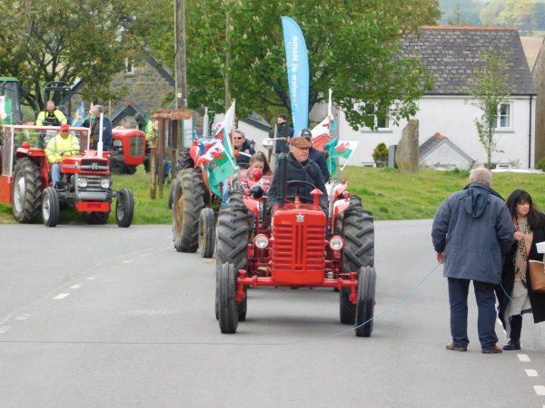 Little Newcastle tractor run